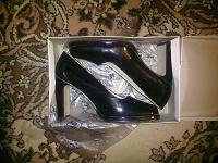 Отдается в дар женские туфельки