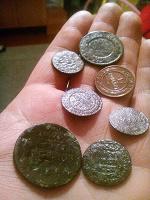 Отдается в дар Медные монеты.