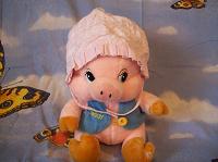 Отдается в дар летняя шапочка на маленькую девочку