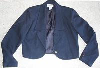 Отдается в дар короткий пиджачок 46 р.