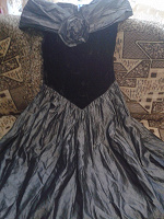 Отдается в дар Выходное театральное платье для сцен