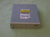 Отдается в дар Пишуший CD-ROM TEAC