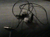 Отдается в дар Наушники для Sony Ericsson (вакуумные)
