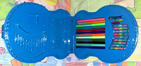 Отдается в дар Папка большая с ручкой для юных художников