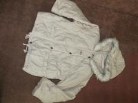 Отдается в дар Три курточки на девочку