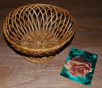 Отдается в дар плетеная корзиночка-ваза
