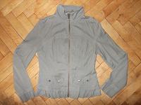Отдается в дар Курточка 44 размер