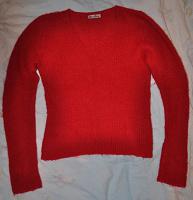 Отдается в дар Красный свитерок