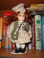 Отдается в дар Три фарфоровые куклы по 20 см.