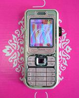 Отдается в дар Мобильный телефон Nokia 7360, розовый
