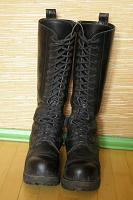 Отдается в дар Зимние высокие ботинки KB-4, женские (40 размер)