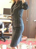 Отдается в дар Костюм. Пиджак+юбка, джинса.