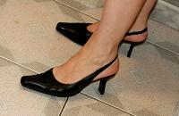 Отдается в дар Босоножки и туфли 39-го размера