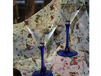 Отдается в дар Пара бокалов для коктейля или мартини