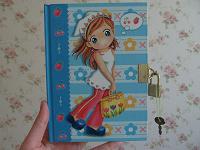 Отдается в дар Записная книжка на замочке в твердой обложке для девочки