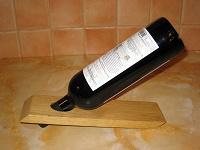 Отдается в дар Подставка для бутылки вина