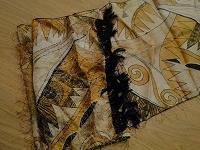 Отдается в дар Много больших шейных платочков!