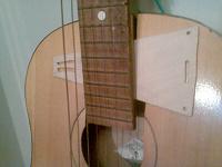 Отдается в дар Гитара на запчасти