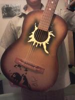 Отдается в дар 6ти струнная гитара