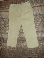 Отдается в дар Дарю брюки для мальчика вельветовые на рост 96-98 см и вторые такие же на рост 98-104 см.