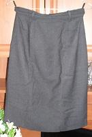 Отдается в дар юбка черная прямая 44 р-р