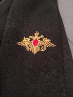 Отдается в дар Военная рубашка с галстуком и пилоткой