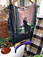 Отдается в дар длинная футболка-туника с волком 42-50