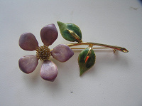 Отдается в дар Брошка-цветок