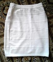 Отдается в дар Вязаная стильная юбка 44 размер