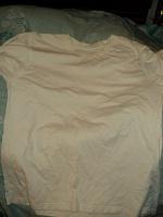 Отдается в дар футболка белая подростковая