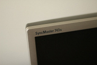 Отдается в дар ЖК монитор Samsung SyncMaster 743N
