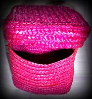 Отдается в дар Коробок плетенный
