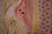 Отдается в дар Полотенца пеленки для новорожденной девочки