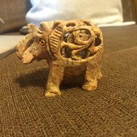 Отдается в дар Каменный слон