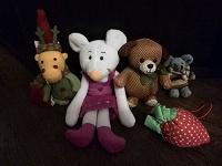 Отдается в дар Звериная семья. Мягкие игрушки детям.
