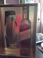 Отдается в дар Алкоголь Johnnnie Walker 0,7 л.
