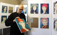 Отдается в дар Рисую и дарю портреты