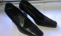 Отдается в дар Кожаные итальянские туфли