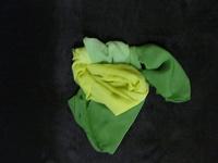 Отдается в дар Шейные шарфики. Колготки.