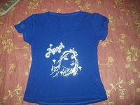 Отдается в дар Синяя футболка