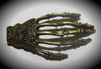 Отдается в дар Подвеска «Рука», под бронзу