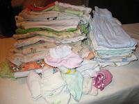 Отдается в дар Детские вещи большой мешок для новорожденного от 0-2мес.