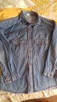 Отдается в дар Рубашка джинсовая Levis