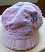 Отдается в дар Вельветовая кепка для девочки
