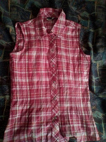 Отдается в дар Рубашка. размер с (36)