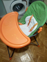 Отдается в дар Детский стульчик для кормления со столом