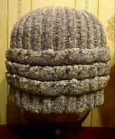 Отдается в дар Вязаная зимняя шапочка