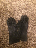 Отдается в дар Женские кожаные перчатки