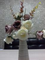 Отдается в дар Букетик искусственных цветов.