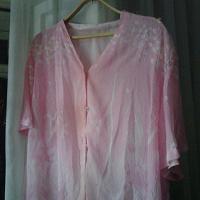 Отдается в дар Блузка розовая 56й наверное
